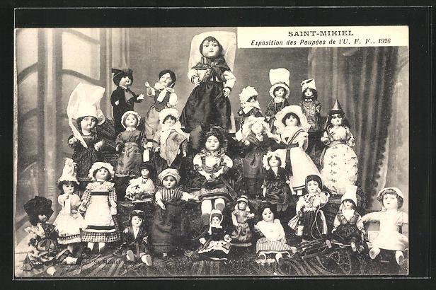 AK Saint-Mihiel, Exposition des Poupées de l`U.F.F., 1926, Puppen