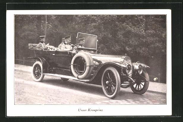 AK Kronprinz Wilhelm von Preussen fährt in einem Auto