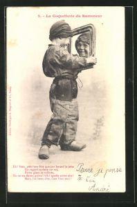 AK Le Noel du Petit Ramoneur, Kleiner Schornsteinfeger blickt sich im Spiegel an