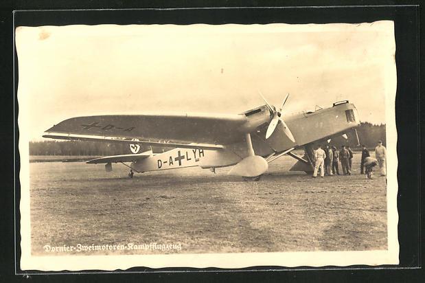 AK Dornier-Zweimotoren-Kampfflugzeug mit Bodenpersonal