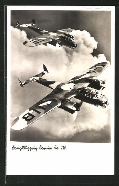 AK Kampfflugzeug Dornier Do-215 in der Luft