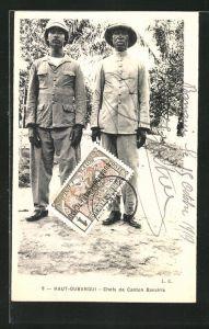 AK Haut-Oubangui, Chafs de Canton Banziris, Afrikaner in europäischen Uniformen mit Tropenhelmen