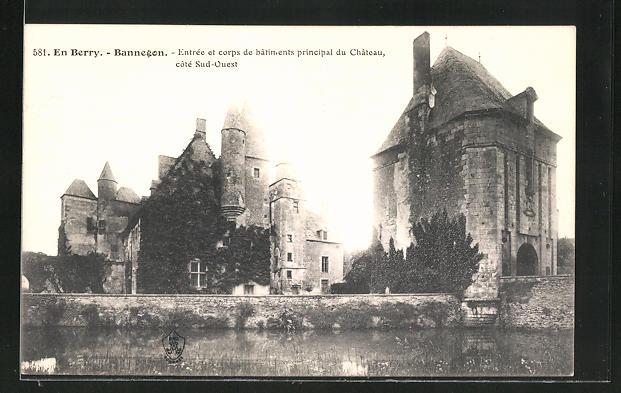 AK Bannegon, entree et corps de batiments principal du Chateau cote Sud-Ouest
