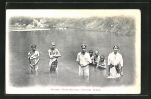 AK Dominica, Natives River Bathing