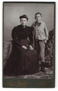 Fotografie Paul Müller, Berlin, Mutter mit ihrem Sohn