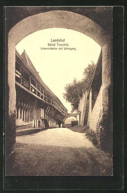 AK Landshut, Schloss Trausnitz - Überreitertor mit Wehrgang