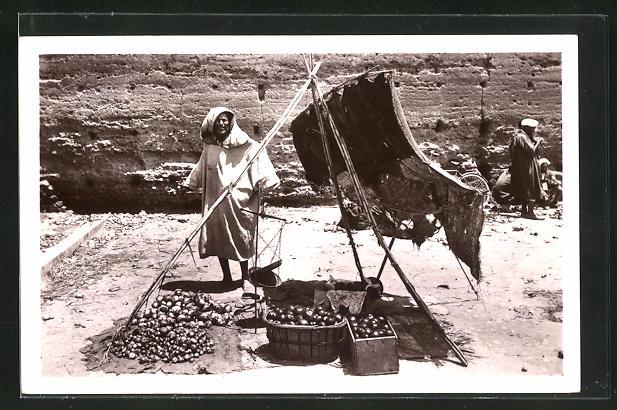 AK Casablanca, Marchand de lègumes, Arabischer Gemüsehändler preist seine Waren an