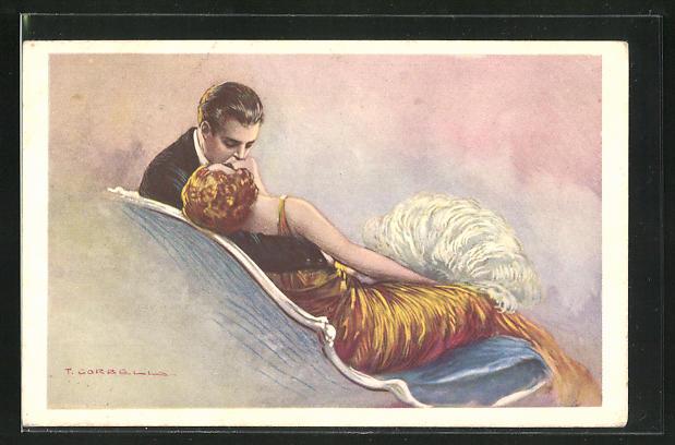 Künstler-AK Tito Corbella: Mann küsst Frau in goldenem Kleid leidenschaftlich auf Mund