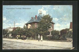 AK Förderstedt, Passanten am kaiserlichen Postamt