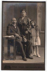 Fotografie Atelier Spiegel, Braunschweig, Portrait junge bürgerliche Familie