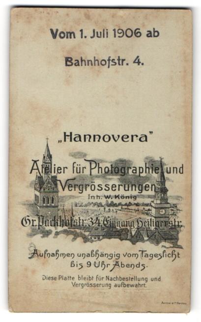 Fotografie Hannovera, Hannover, rückseitige Ansicht Hannover, Uhrtürme, vorderseitig Portrait