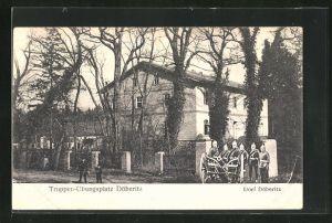 AK Döberitz-Dorf, Truppenübungsplatz mit Soldaten in Uniformen u. Kanone