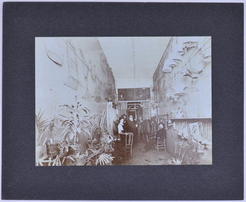 Fotografie Willder & Co. San Francisco, Ansicht San Francisco, Floristin & Männer in einem Blumenladen