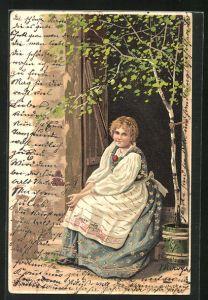 Künstler-AK Alfred Mailick: Junge Frau in Tracht sitzt vor der Tür