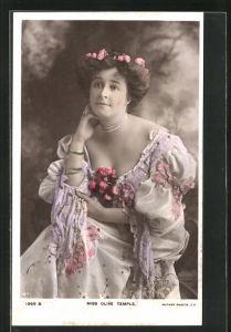 AK Schauspielerin Miss Olive Temple im Sommerkleid mit Blütenschmuck