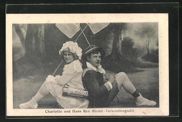 AK Charlotte u. Hans Rex (Kinder-Verwandlungsakt) posieren in Kostümen, Variete