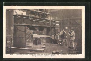 AK Eisenbahn-Fabrikarbeiter, Vorschmieden einer Treibstange unter dem 4t Dampfhammer