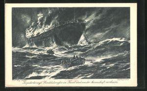 Künstler-AK Willy Stoewer: Brennender engl. Handelsdampfer auf stürmischer See, Seeleute in Ruderboote