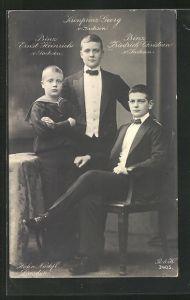 Foto-AK Walter Hahn, Nachfolger: Kronprinz Georg, Prinz Ernst Heinrich und Prinz Friedrich Christian von Sachsen