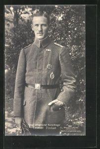 Foto-AK Sanke Nr. 562: Leutnant Frickart in Uniform mit Flugzeugführerabzeichen und EK I, erfogreicher Kampfflieger