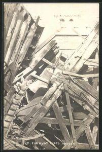 AK Troyes, Kirchturm St.-Jeanne, Katastrophe