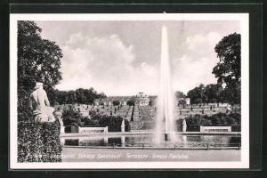AK Potsdam, Schloss Sanssouci - Terrassen mit grosser Fontäne