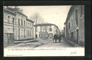 AK Les Roches de Condrieu, La Mairie et les Ecoles, Cafe de la Mairie