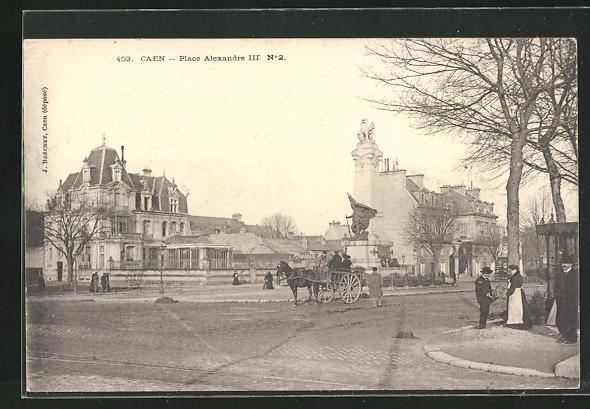 AK Caen, Place Alexandre III, Ortspartie mit Denkmal