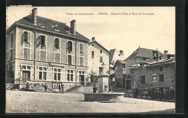 AK Theys, Hotel de Ville et Rue des Fontaines