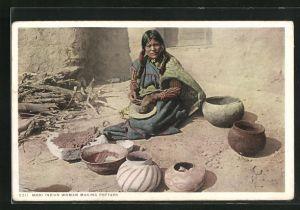 AK Indianerin vom Stamm der Moki beim Töpfern
