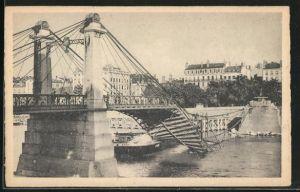AK Lyon, Les Ponts Meurtris, Pont Kitchener