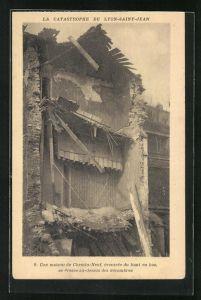 AK Lyon-Saint-Jean, La Catastrophe, Une maison du Chemnin-Neuf..., eingestürztes Haus