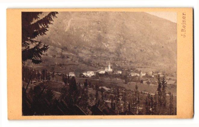 Fotografie J. Reiner, Klagenfurt, Ansicht Winklern im Mölltal, Gesamtansicht mit Kirche