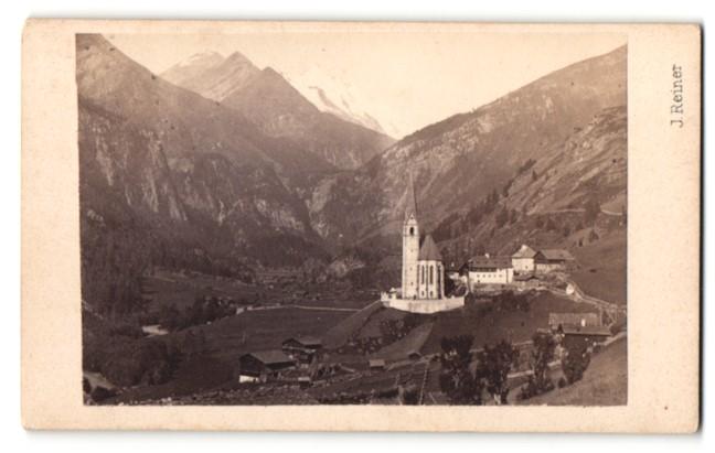 Fotografie Prof. J. Reiner, Klagenfurt, Ansicht Heiligenblut, Ortsansicht mit Kirche