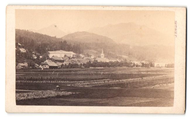 Fotografie J. Reiner, Klagenfurt, Ansicht Paternion / Kärnten, Gesamtansicht mit Kirche 0