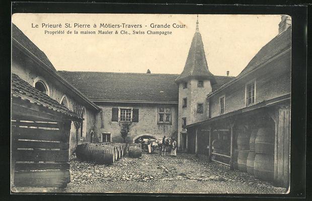 AK Motiers-Travers, Le Prieure St. Pierre, Grande Cour