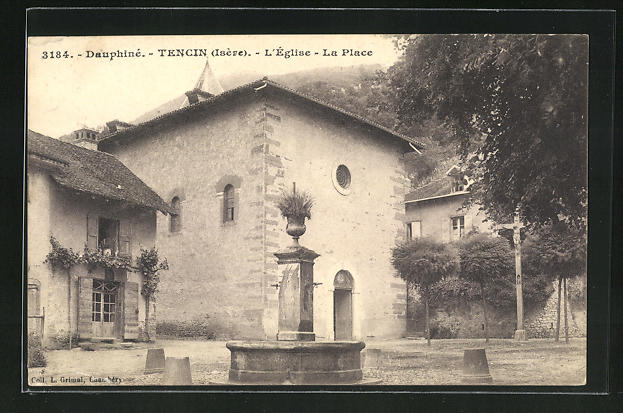 AK Tencin, L'Eglise et La Place 0