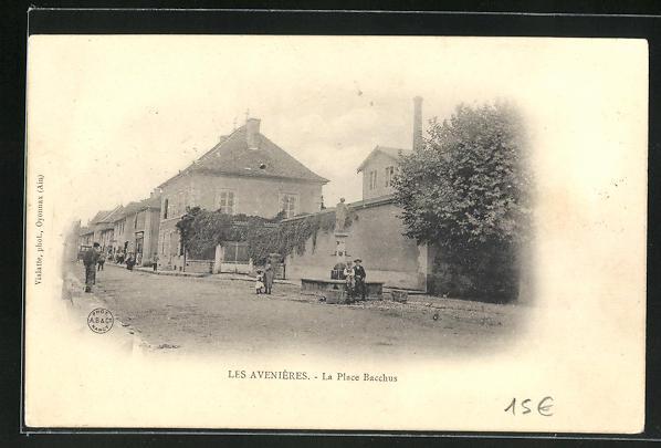 AK Les Avenieres, La Place Bacchus