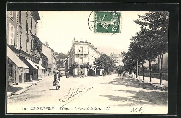 AK Voiron, L'Avenue de la Gare 0