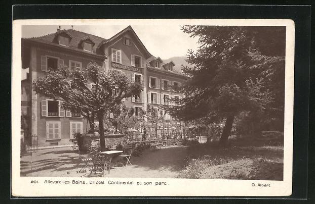 AK Allevard-les-Bains, L'Hotel Continental et son parc 0