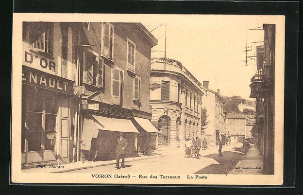 AK Voiron, Rue des Terreaux, La Poste 0