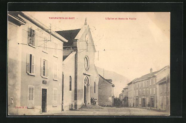 AK Vaulnaveys-le-Haut, L`Eglise et Route de Vizille 0