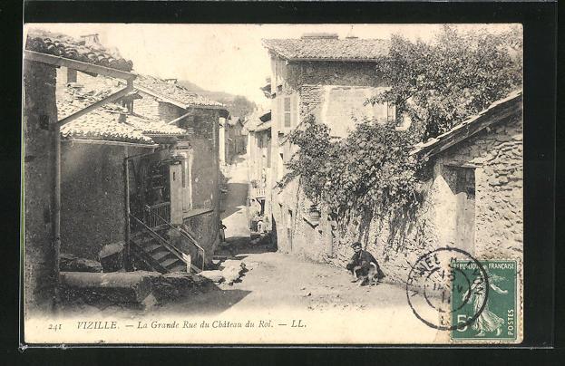 AK Vizille, La Grande Rue du Chateau du Roi, Strassenpartie 0