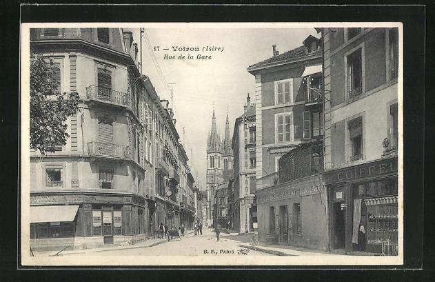 AK Voiron, Rue de la Gare, Strassenpartie