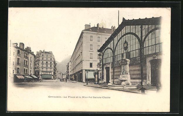 AK Grenoble, La Place et le Marche Sainte-Claire