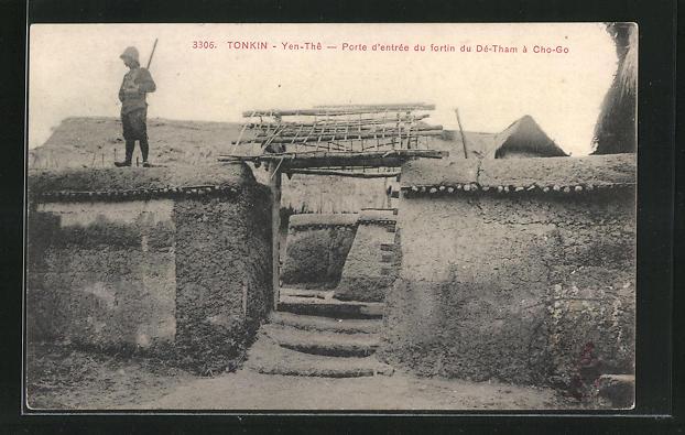 AK Tonkin-Yen-The, Porte d`entree du fortin du De-Tham a Gho-Go
