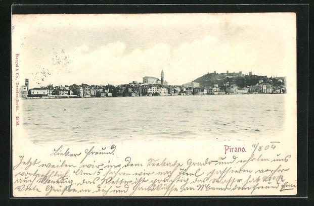 AK Pirano, Blick zum Ort vom Meer gesehen