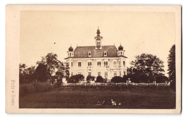 Fotografie Fritz von Bosio, Judenburg, Ansicht Spielberg, Schloss Gesamtansicht