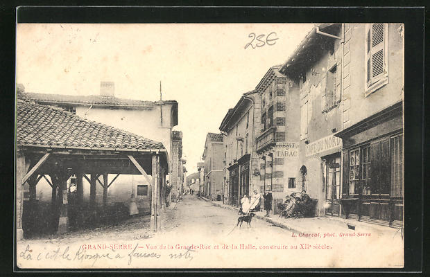 AK Grand-Serre, Vue de la Grande Rue et de la Halle, Café du Nord