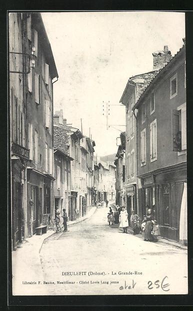 AK Dieulefit, La Grande Rue, Strassenpartie